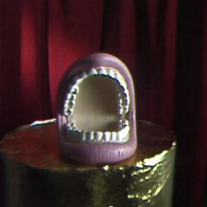 The Cribs – Glitters Like Gold (video)