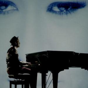 Labrinth ft. Emeli Sandé – Beneath Your Beautiful