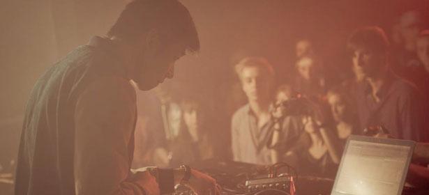 Porter Robinson – Lionhearted (Giraffage Remix)