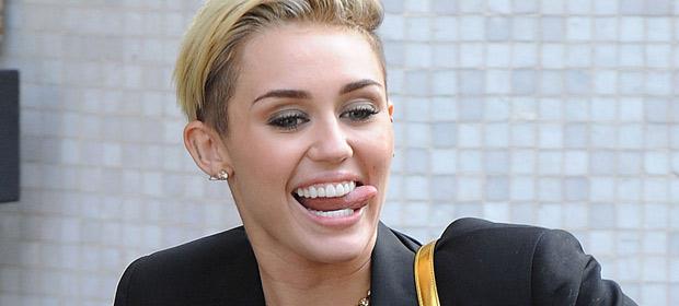 Miley Cyrus – Adore You (Cedric Gervais Remix)