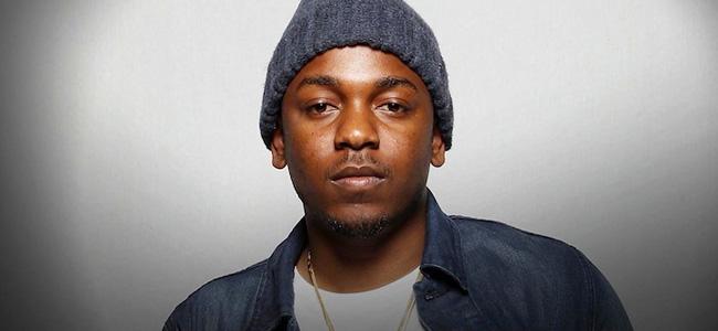 """Kendrick Lamar estrena en Times Square su nuevo vídeo """"King Kunta"""""""