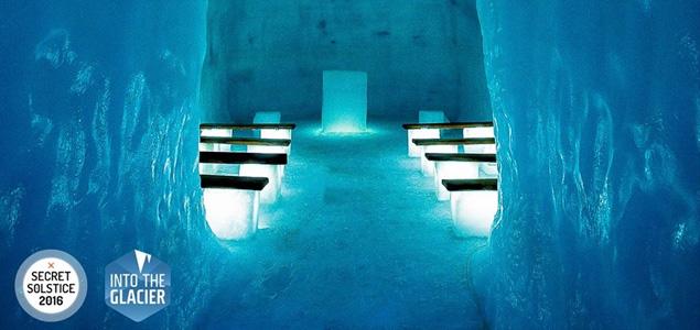 Una exclusiva fiesta en el interior de un glaciar