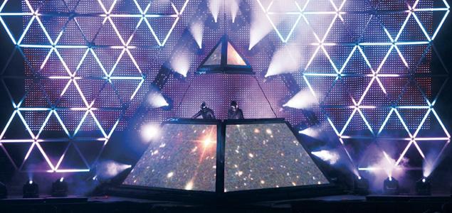 daft-punk-piramide