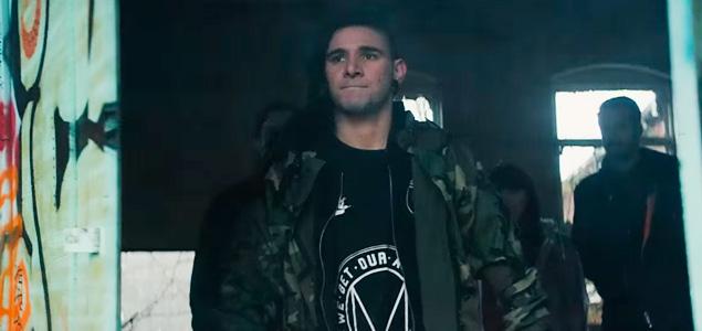 """Skrillex estrena vídeo de """"Stranger"""" con fines benéficos"""