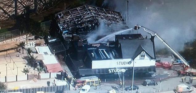 El club Studio 338 destrozado por un incendio