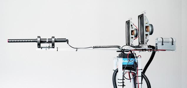 Esta máquina crea composiciones recogiendo sonidos de su entorno